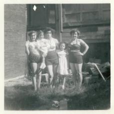 Sisters 1952