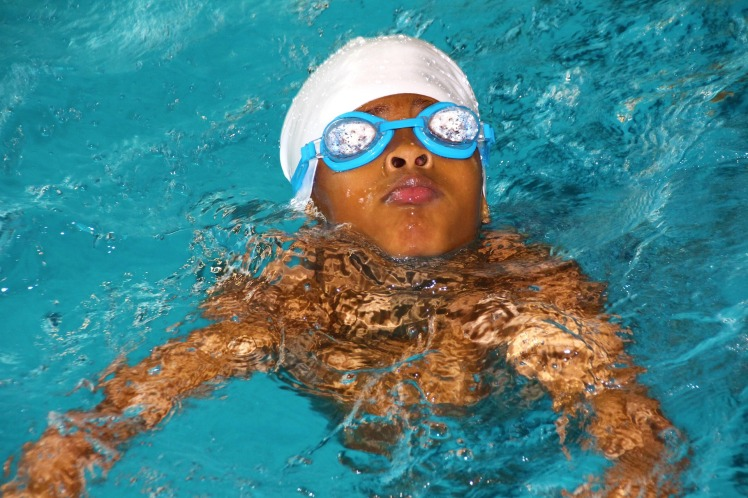 swimming-course-619088_1920