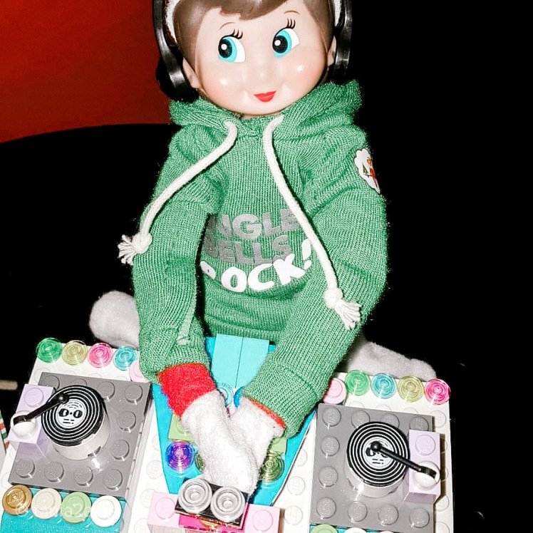 Snowflake the Elf on the Shelf DJ: tania2atee